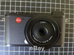 Leica CL 24MP mirrorless L-mount camera black with 18mm lens, 2 batteries