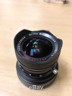 MINT VOIGTLANDER ULTRA WIDE HELIAR 12mm/5.6 BLACK (LEICA M39 MOUNT)