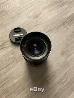 MINT Voigtlander Ultron 28mm f/2 Lens (Leica M-Mount Lens)