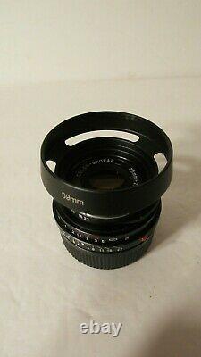 Mint Voigtlander 35mm F/2.5 Color Skopar Lens Leica M Mount Summmarit M9 M10-r