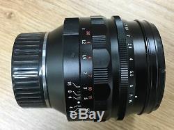 # Voigtlander Nokton 50mm F1.1 Leica M mount Bundle Special Hood