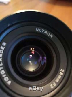 Voigtlander ULTRON 28mm f/2 f2 VM Leica M mount with everything orginal + filter