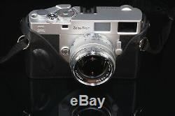 Zeiss Ikon Leica M-Mount 35mm Rangefinder With Zeiss 50mm F/1.5 Lens Custom Case