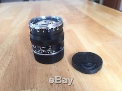 Zeiss Planar T 50mm f/2 ZM Lens Leica M-Mount Black